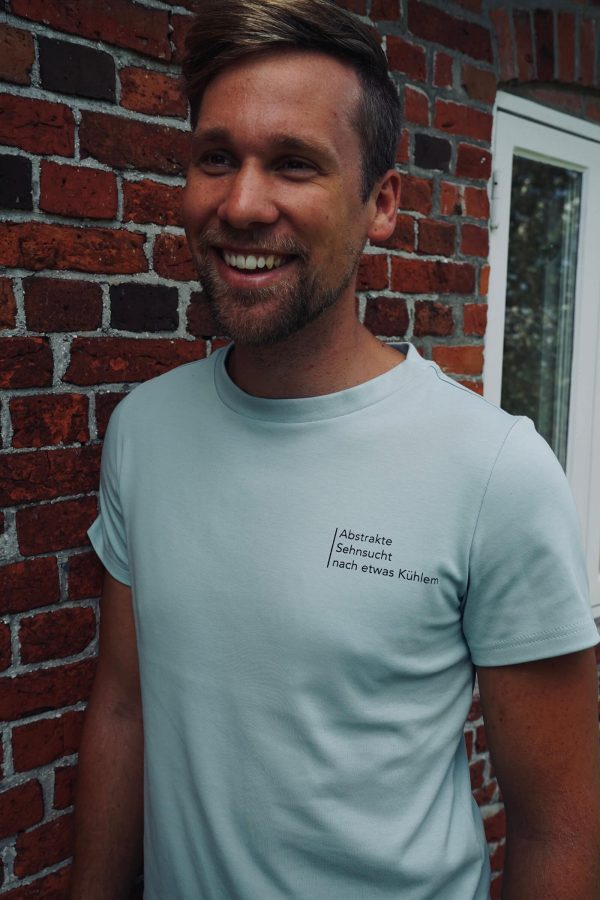 nhoia-hamburg-biobaumwolle-handgefertigt-weiches-nachhaltiges-t-shirt-pullover-hoodie